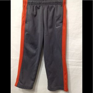 Boy's size 4T NIKE Therma-Fit athletic pants